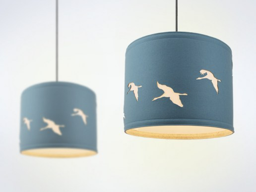 lampen lampe aus filz motiv kraniche. Black Bedroom Furniture Sets. Home Design Ideas