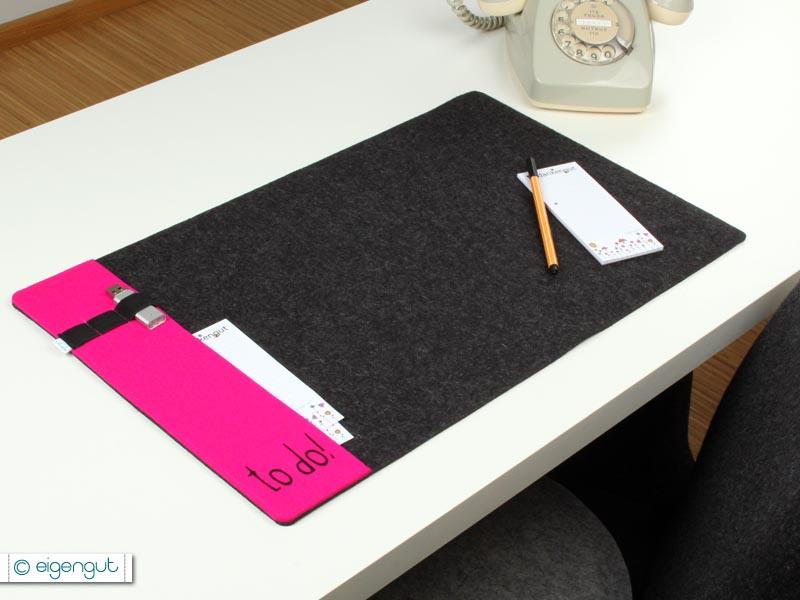 wohnen schreibtischunterlage aus filz mit seitenfach. Black Bedroom Furniture Sets. Home Design Ideas