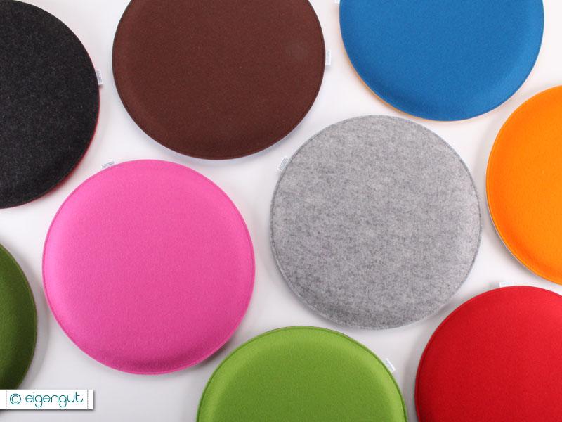 wohnen runde sitzkissen gepolstert aus wollfilz bunt. Black Bedroom Furniture Sets. Home Design Ideas